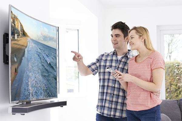 bien choisir sa t l vision budget connectiques happy cash. Black Bedroom Furniture Sets. Home Design Ideas